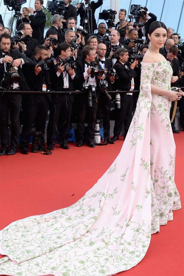 30 màn thả dáng có thần thái đi vào huyền thoại Cannes: Không cần trò vạch, phơi lồng lộn vẫn chiếm trọn spotlight! - Ảnh 18.