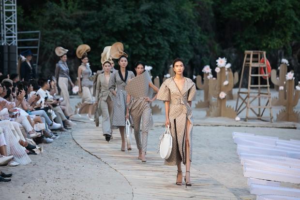 Trình diễn trên đảo hoang sơ, Fashion Voyage có những khoảnh khắc đẹp nín thở, tôn trọn vẹn vẻ đẹp kỳ quan của Vịnh Hạ Long - Ảnh 25.
