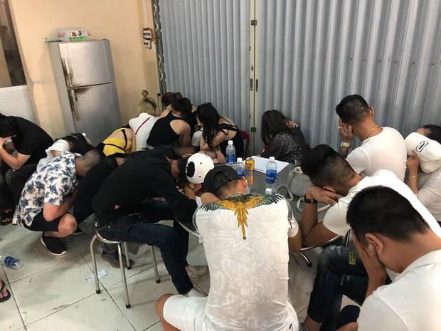 Đột kích vũ trường lớn nhất Đà Nẵng, phát hiện 75 nam nữ phê ma túy - Ảnh 3.
