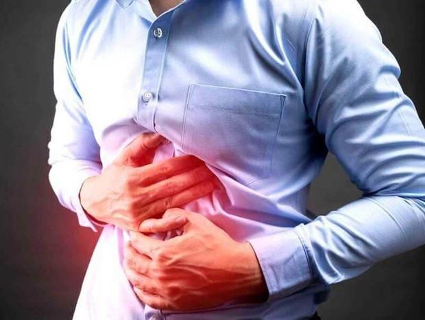 Từng có nhiều người được chẩn đoán bị nhiễm sán lá phổi do ăn tôm hùm đất - Ảnh 1.
