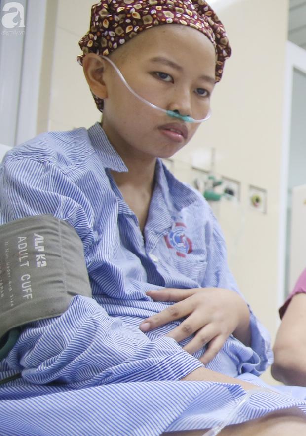 Mang bầu 1 tháng thì phát hiện ung thư, người mẹ bất chấp nguy hiểm quyết giữ thai nhi, cố sống từng ngày để con trai chào đời - Ảnh 8.