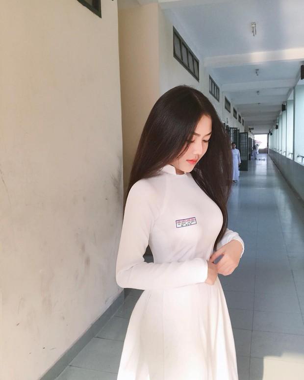 Mặc áo dài vẫn ngút ngàn thần thái, hội gái xinh liên tục khiến dân mạng Việt liêu xiêu, báo Trung thì hết lời ca ngợi - Ảnh 6.