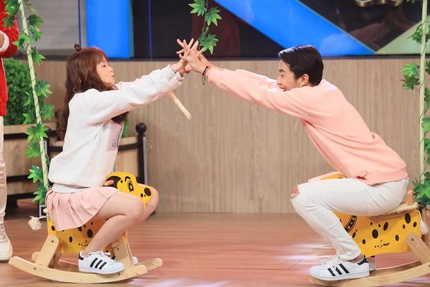 Hari Won bất ngờ khi hot streamer Cris Phan công khai bạn gái trên truyền hình - Ảnh 5.