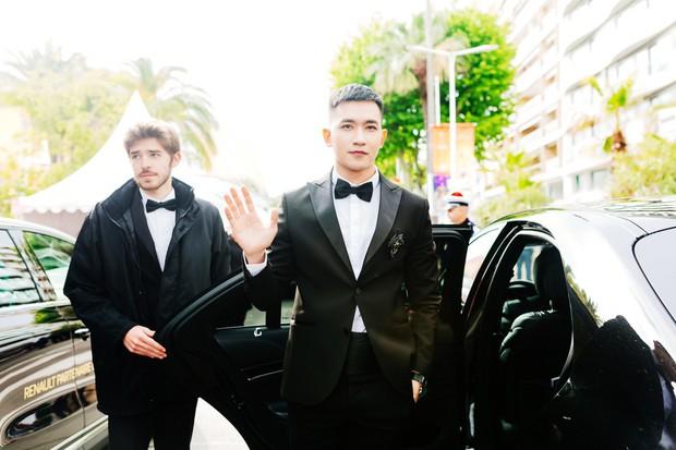Không chọn ồn ào như Ngọc Trinh, Võ Cảnh lịch lãm xuất hiện trên thảm đỏ Cannes ngày thứ 6 - Ảnh 9.