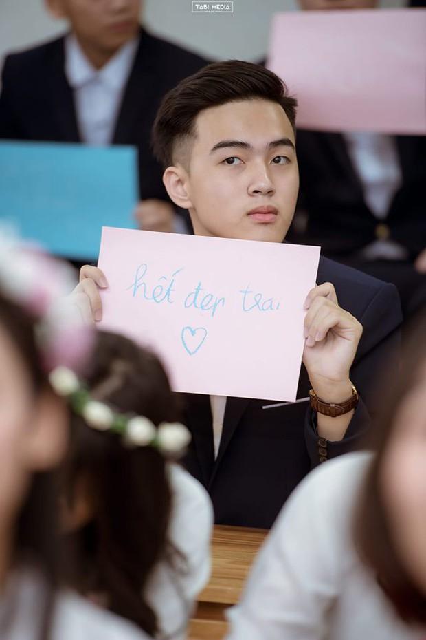 Nam sinh Hà Nội ước hết đẹp trai trong bộ ảnh kỷ yếu khiến dân mạng tò mò xem nhan sắc thật ra sao mà tự tin vậy - Ảnh 1.