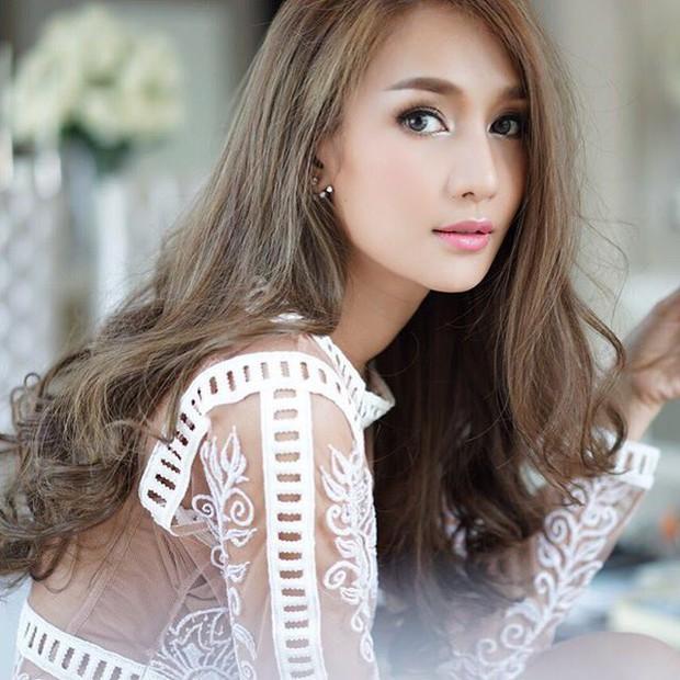Thái Lan tụ hội dàn mỹ nhân sở hữu khung xương mặt đẹp nhất: Mình Hoa hậu chuyển giới lấn át dàn đại mỹ nhân U40! - Ảnh 2.
