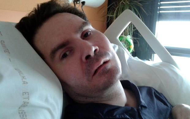 Pháp nóng chủ đề cái chết nhân đạo cho một bệnh nhân sống thực vật hơn 10 năm - Ảnh 1.