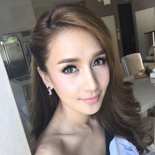 Thái Lan tụ hội dàn mỹ nhân sở hữu khung xương mặt đẹp nhất: Mình Hoa hậu chuyển giới lấn át dàn đại mỹ nhân U40! - Ảnh 3.