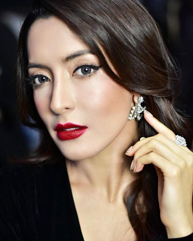 Thái Lan tụ hội dàn mỹ nhân sở hữu khung xương mặt đẹp nhất: Mình Hoa hậu chuyển giới lấn át dàn đại mỹ nhân U40! - Ảnh 24.