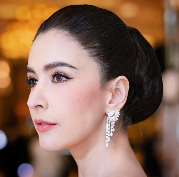 Thái Lan tụ hội dàn mỹ nhân sở hữu khung xương mặt đẹp nhất: Mình Hoa hậu chuyển giới lấn át dàn đại mỹ nhân U40! - Ảnh 35.