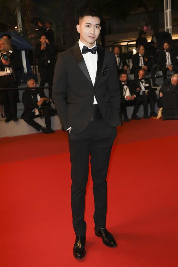 Không chọn ồn ào như Ngọc Trinh, Võ Cảnh lịch lãm xuất hiện trên thảm đỏ Cannes ngày thứ 6 - Ảnh 3.