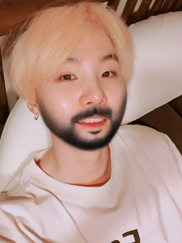 Nếu một ngày các nam thần idol như V, Jin (BTS), Baekhyun... già đi, râu ria mọc tùm lum thì fangirl có còn mê không? - Ảnh 3.