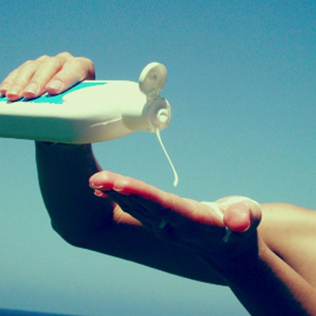 Mua kem chống nắng trong mùa hè nhớ cẩn thận kẻo rước phải loại rởm với hàng tá thứ bệnh - Ảnh 4.