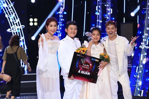 Tuyệt đỉnh song ca nhí 2019 kết thúc với chiến thắng của đội Hồ Việt Trung - Diệu Nhi - Ảnh 4.