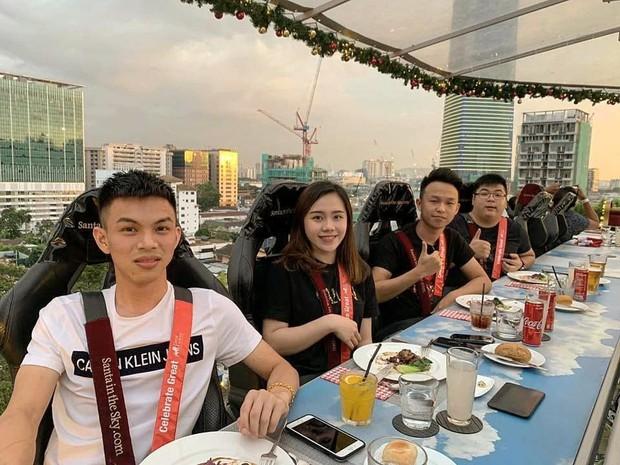 Trải nghiệm dịch vụ ăn tối giữa không trung cùng Quang Vinh: lơ lửng cách mặt đất 45m nên chắc chắn không dành cho người sợ độ cao - Ảnh 14.
