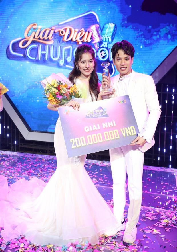 Trước khi công khai hẹn hò, Dương Khắc Linh và bạn gái đã gọi nhau bằng... chú cháu trên show thực tế - Ảnh 2.