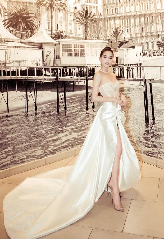 Ngọc Trinh xuất hiện gợi cảm, chọn mốt hở trên kín dưới sau màn khoe thân cực sốc trên thảm đỏ Cannes - Ảnh 3.