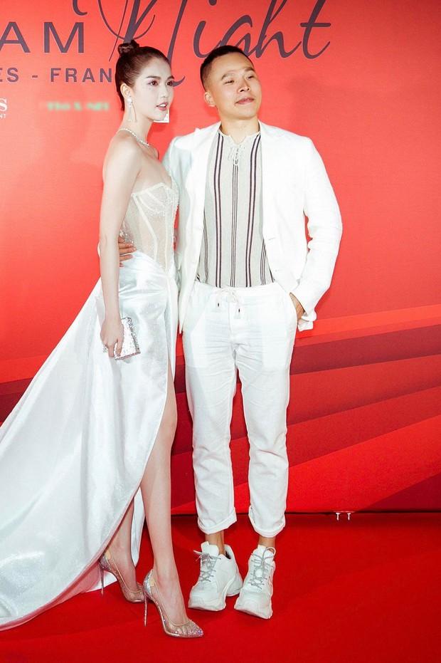 Ngọc Trinh xuất hiện gợi cảm, chọn mốt hở trên kín dưới sau màn khoe thân cực sốc trên thảm đỏ Cannes - Ảnh 4.