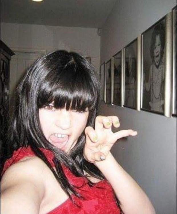 Loạt ảnh tuổi teen hội chị em Kardashian gây bão: Kim xinh bất ngờ, Kylie quá khác nhưng không lột xác bằng nhân vật này - Ảnh 8.