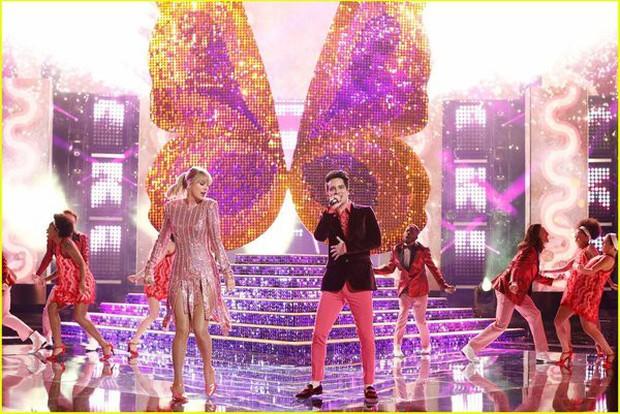 Taylor Swift vs. BTS: Ai giành chiến thắng trong cuộc chiến lượt view tại Chung kết The Voice Mỹ? - Ảnh 2.
