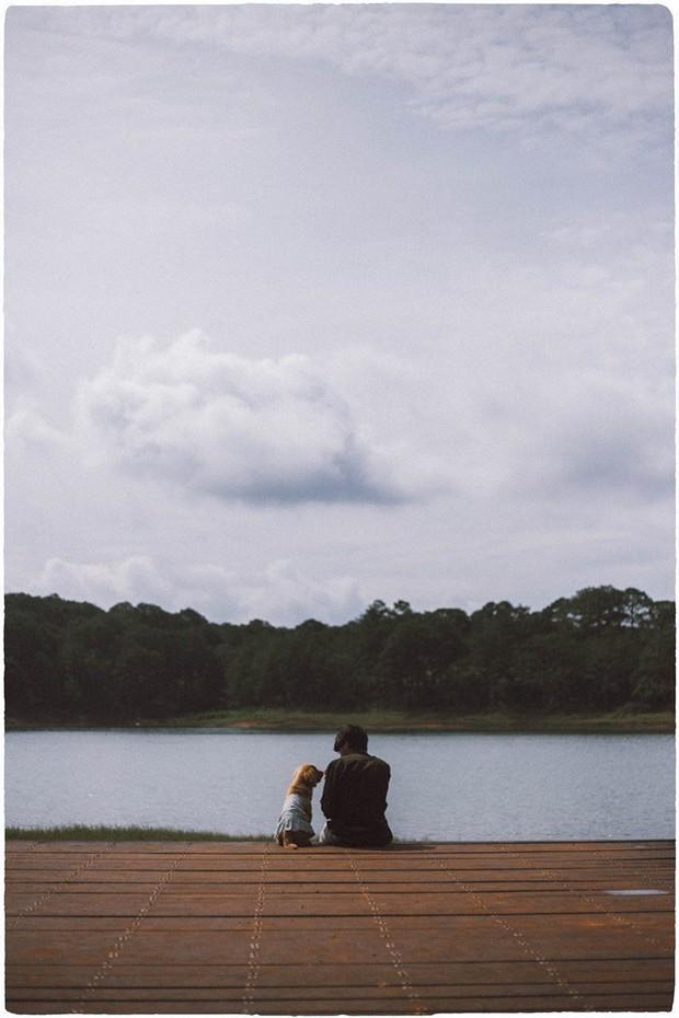 Ngắm bộ ảnh trai đẹp du lịch cùng cún cưng này mới thấy: Đi Đà Lạt với người yêu hay bạn thân là xưa rồi! - Ảnh 27.