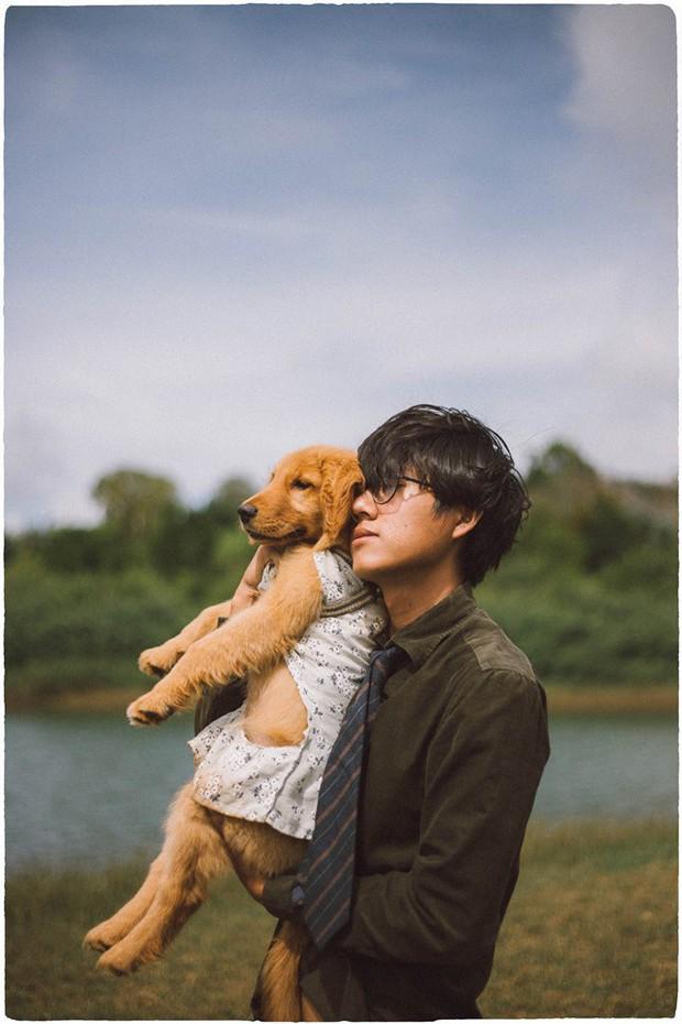 Ngắm bộ ảnh trai đẹp du lịch cùng cún cưng này mới thấy: Đi Đà Lạt với người yêu hay bạn thân là xưa rồi! - Ảnh 11.