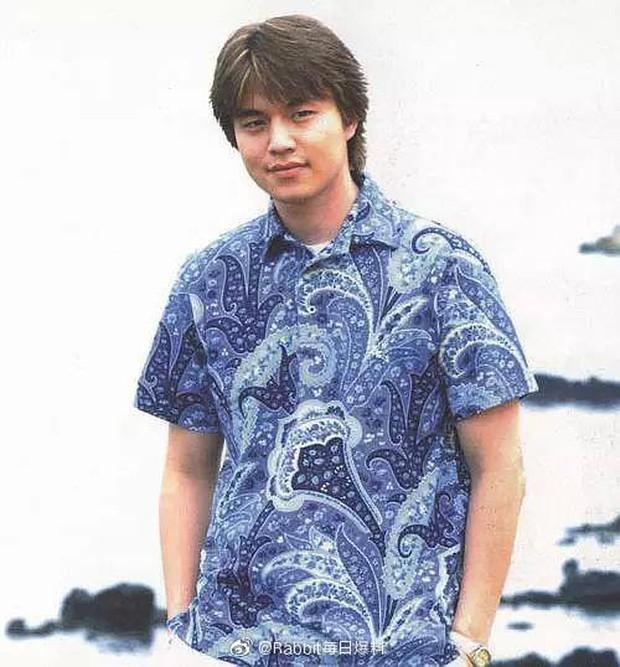 Khiến chị em xịt máu mũi với body cuồn cuộn, ai mà ngờ Lee Dong Wook từng một thời béo ú nu thế này - Ảnh 2.