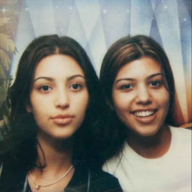 Loạt ảnh tuổi teen hội chị em Kardashian gây bão: Kim xinh bất ngờ, Kylie quá khác nhưng không lột xác bằng nhân vật này - Ảnh 16.
