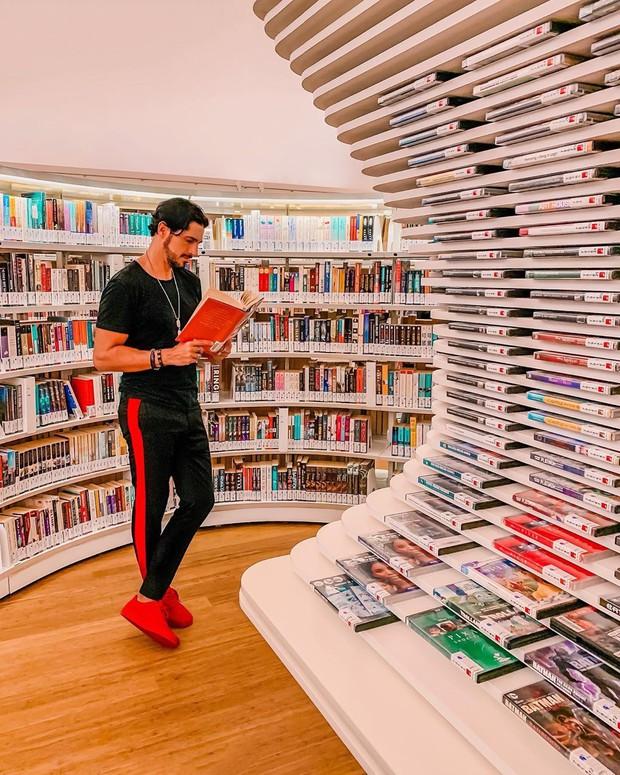 Lộ diện thư viện sống ảo đẹp nhất Singapore cực hiếm người biết, nơi bước 1 bước là chụp được 10 kiểu ảnh! - Ảnh 29.