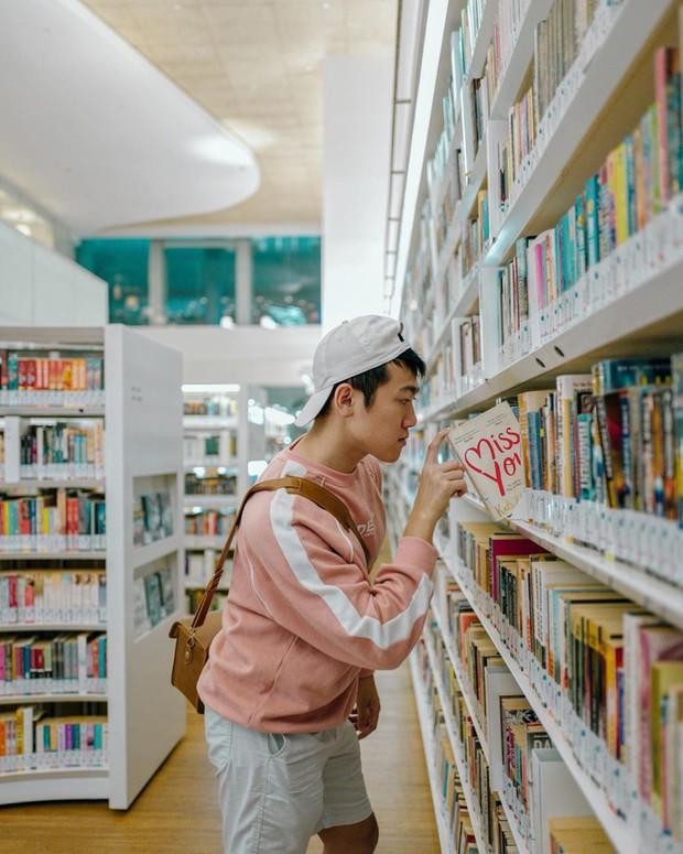 Lộ diện thư viện sống ảo đẹp nhất Singapore cực hiếm người biết, nơi bước 1 bước là chụp được 10 kiểu ảnh! - Ảnh 17.