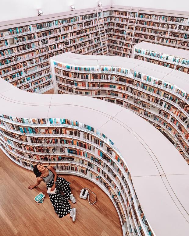 Lộ diện thư viện sống ảo đẹp nhất Singapore cực hiếm người biết, nơi bước 1 bước là chụp được 10 kiểu ảnh! - Ảnh 18.