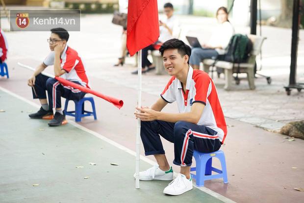 Hotboy cầm cờ Hồng Đăng - soái ca năm nào của trường Phan Đình Phùng bây giờ ra sao? - Ảnh 7.