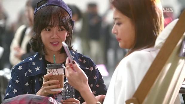 5 tình bạn chị chị em em của phim Hàn: Số 1 cướp vai trơ trẽn, số 2 nam chính nam phụ hôn lén ở hậu trường - Ảnh 1.