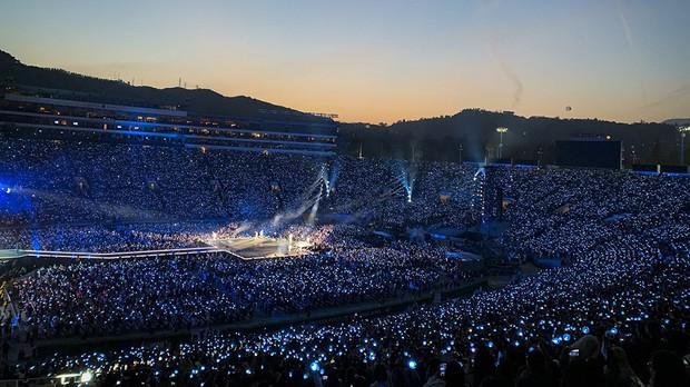 Vượt Twenty One Pilots, BTS là nhóm nhạc đầu tiên trên thế giới lập thành tích này trên BXH Billboard! - Ảnh 3.