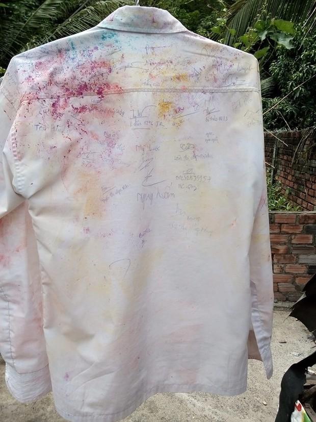 Dân mạng đua nhau share chiếc áo trắng thanh xuân với những dòng chữ chi chít của bạn bè cùng lớp, bạn còn giữ nó không? - Ảnh 8.