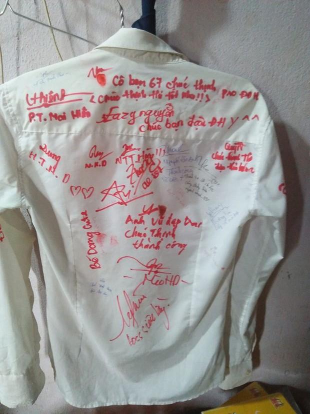 Dân mạng đua nhau share chiếc áo trắng thanh xuân với những dòng chữ chi chít của bạn bè cùng lớp, bạn còn giữ nó không? - Ảnh 14.