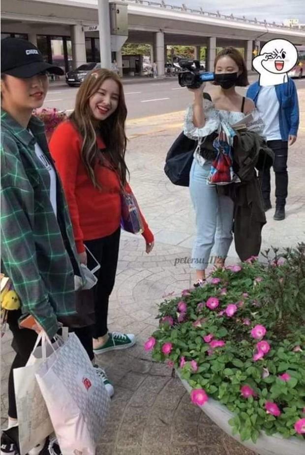 2 bông hồng lai nổi nhất Kpop: Người được khen về vóc dáng, người bị soi vì cân nặng thất thường - Ảnh 14.