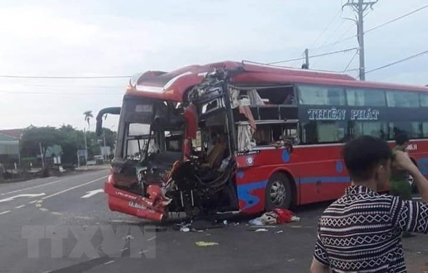 Gia Lai: Hai xe khách giường nằm tông nhau, bảy người bị thương - Ảnh 1.