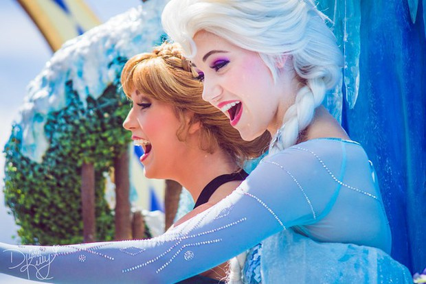 9 bí mật đằng sau vẻ hào nhoáng của những cô công chúa làm việc tại Disney World - Ảnh 8.