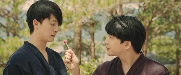 Harry Lu và B Trần thân thiết tới mức, mời nhau ăn... kẹo mút? - Ảnh 4.