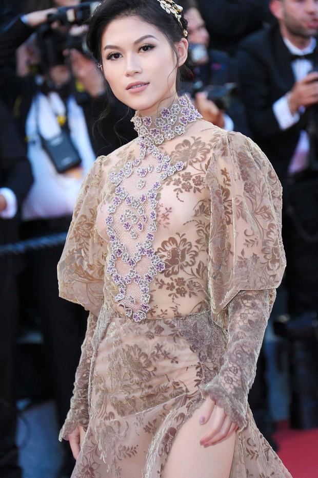 Sao Việt đến Cannes qua các mùa: Người vinh dự có tác phẩm, kẻ tơ hơ không ai biết xuất hiện để làm gì - Ảnh 26.