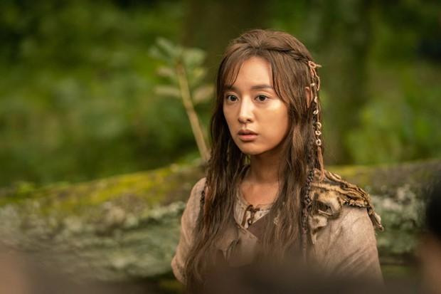 5 nguyên nhân bom tấn Arthdal Chronicles của Song Joong Ki có nguy cơ thành bom xịt - Ảnh 4.