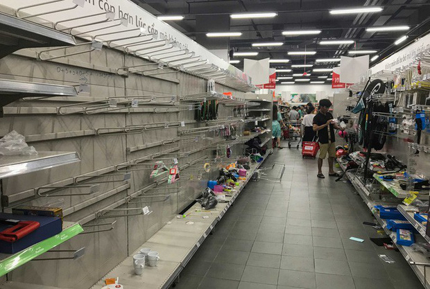 Auchan sale 50% vẫn bị khách hàng tố bán đắt hơn cả giá chưa giảm, sự thật có phải như vậy? - Ảnh 2.