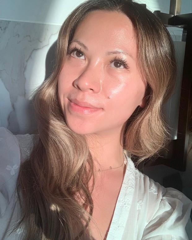 Làn da căng bóng như gương hoàn toàn là khả thi nếu bạn học theo 4 bí kíp của chuyên gia makeup gốc Việt - Ảnh 4.