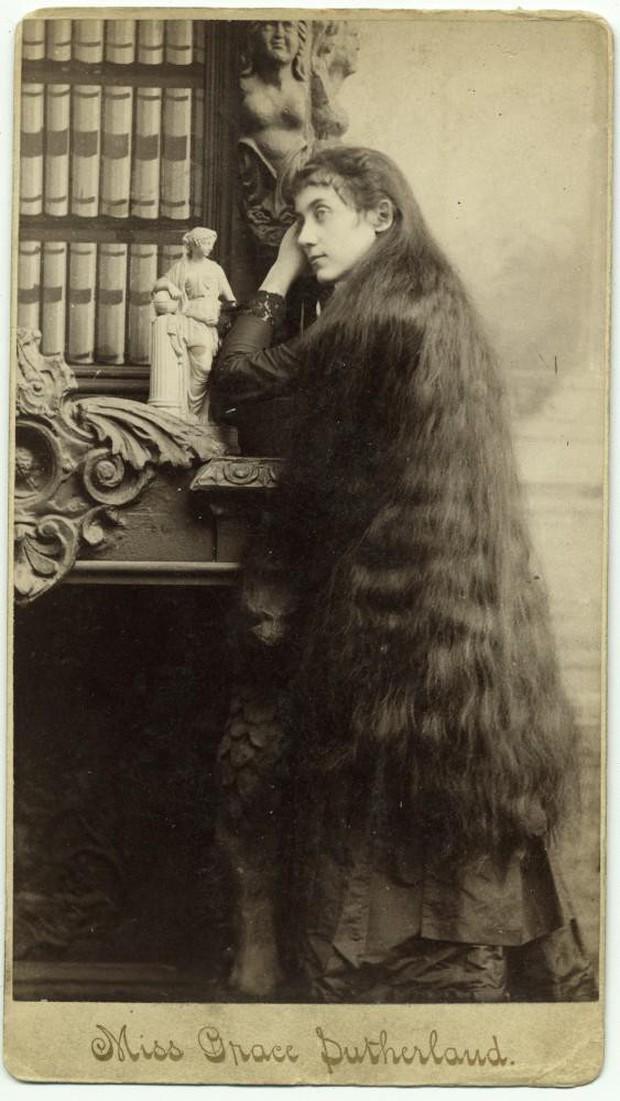 7 chị em công chúa tóc mây thời Victoria: Giàu sang nhờ vẻ ngoài kỳ ảo nhưng tan rã vì những mối tình sai lầm, cuối đời đầy bi kịch - Ảnh 7.