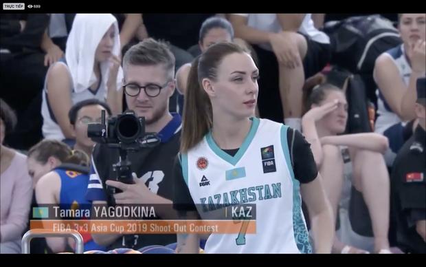 FIBA 3x3 Asia Cup 2019, Shoot-Out: Ném đỉnh như Stephen Curry, nữ VĐV xinh như mộng đến từ Kazakhstan vượt Khoa Trần của Việt Nam để giành ngôi vị hạng nhất - Ảnh 2.