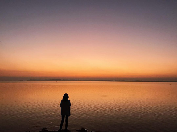 Ngắm nhìn Hồ Trị An, địa điểm xuất hiện trong MV đình đám của Min và Đen Vâu mới thấy: Chỗ này chill phết! - Ảnh 31.