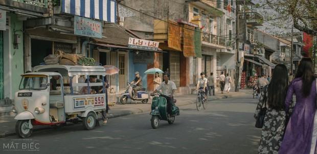 Nhìn thầy Ngạn chở Mắt Biếc Hà Lan trên chiếc xe đạp cũ, bạn đã thấy thanh xuân mình thắm lại chưa? - Ảnh 3.
