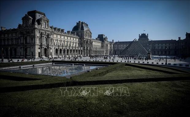 Nhân viên đình công vì kiệt sức, bảo tàng Louvre phải đóng cửa - Ảnh 1.