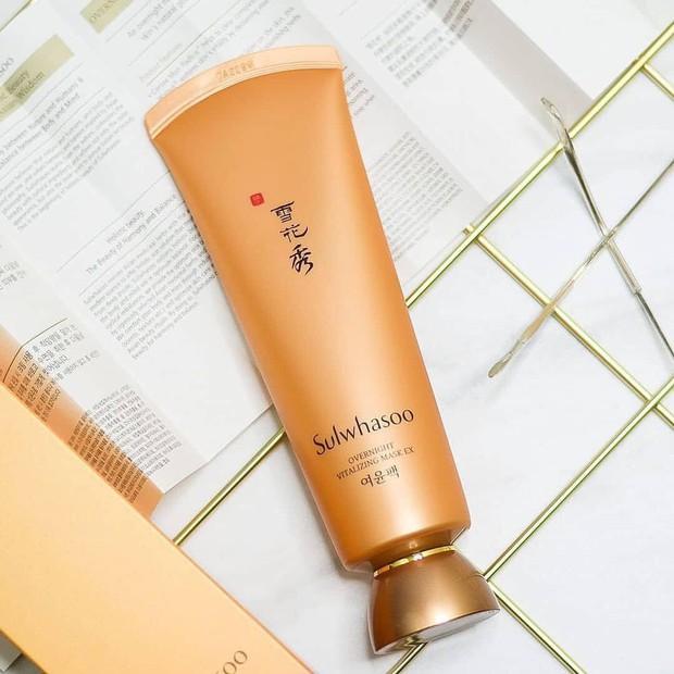 Để da khỏe đẹp và trẻ lâu, 4 mỹ nhân Việt đã nhờ cậy đến những sản phẩm dưỡng da chống lão hóa này - Ảnh 4.
